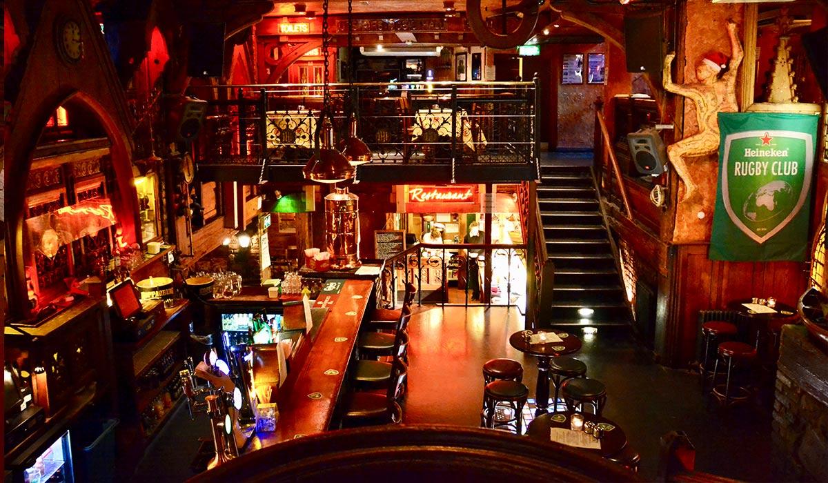Quays-Irish-Bar-Galway